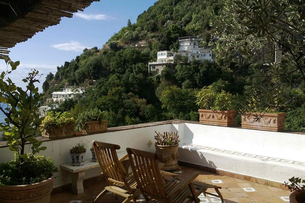 best places to stay around amalfi coast