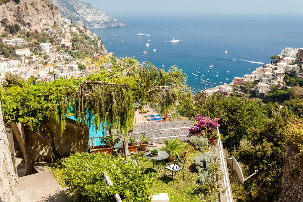 cheap accommodation in positano italy