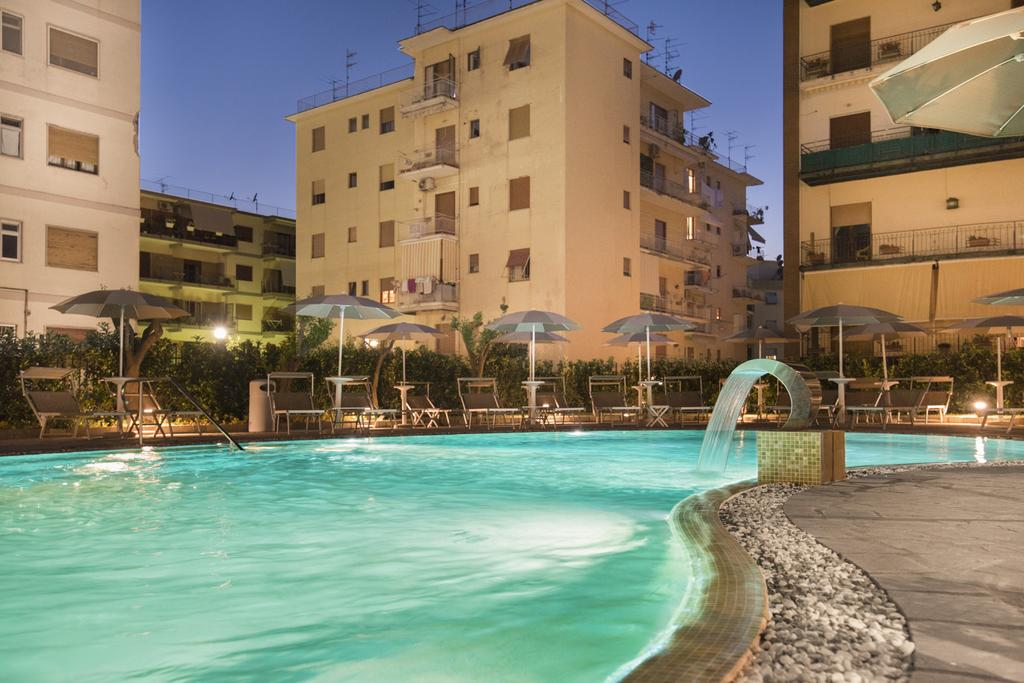 hotels in sorrento town centre