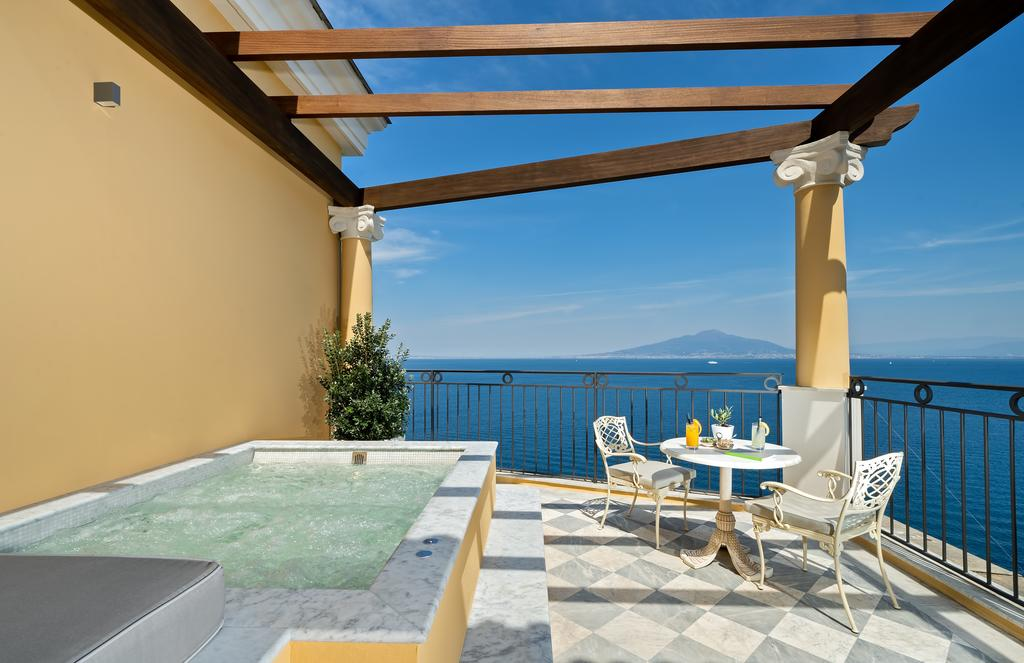 5 star luxury hotels in sorrento italy